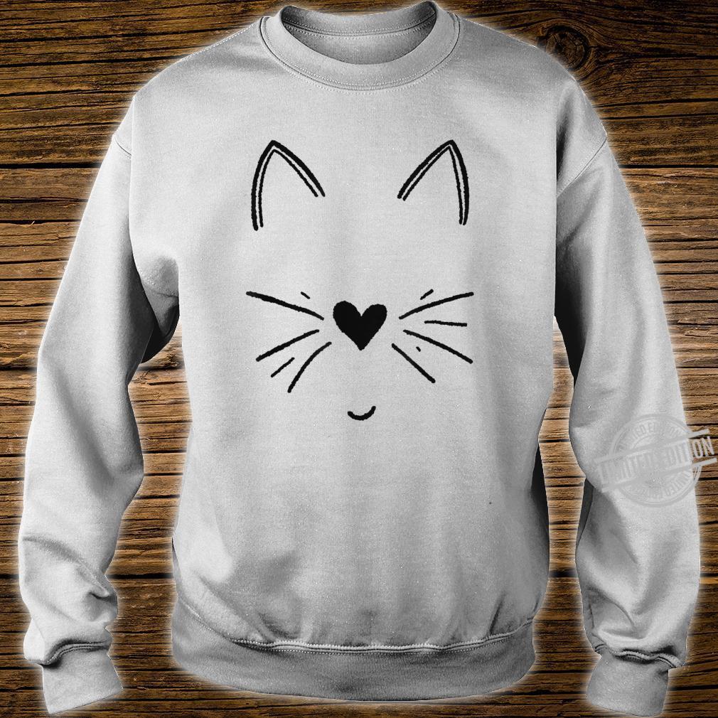 Süßes Katzengesicht mit Herz Shirt sweater